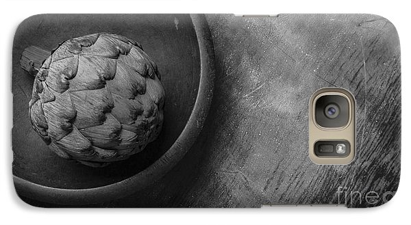 Artichoke Black And White Still Life Three Galaxy S7 Case by Edward Fielding