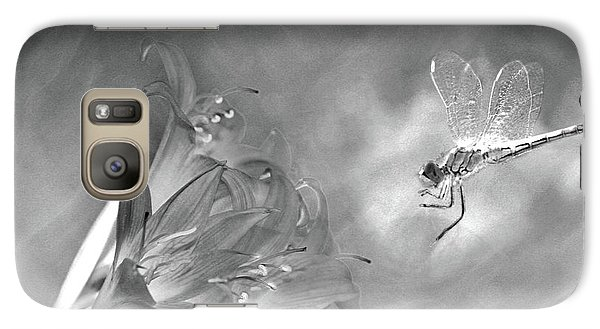 The Dragonfly And The Flower Galaxy S7 Case