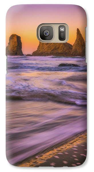 Galaxy Case featuring the photograph Bandon's Breath by Darren White
