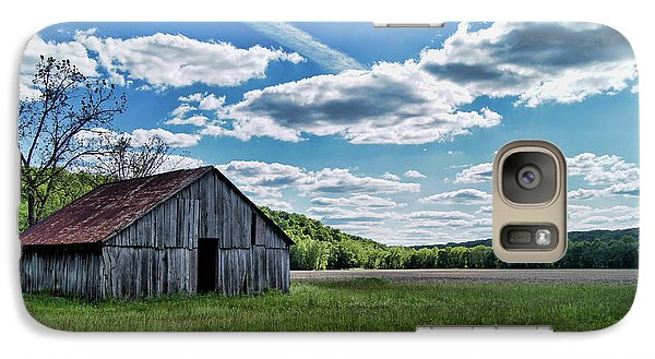 Galaxy Case featuring the photograph Barn On Cedar Creek Bottoms by Cricket Hackmann
