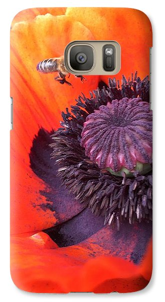 Galaxy S7 Case - Bee Is Visiting A Poppy by Orphelia Aristal