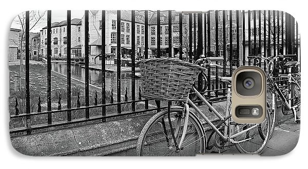 Galaxy Case featuring the photograph Bicycles On Magdalene Bridge Cambridge In Black And White by Gill Billington