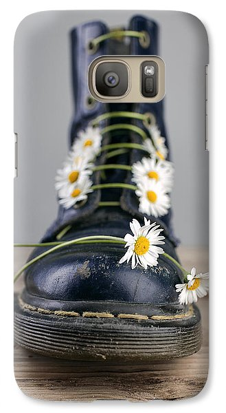 Daisy Galaxy S7 Case - Boots With Daisy Flowers by Nailia Schwarz