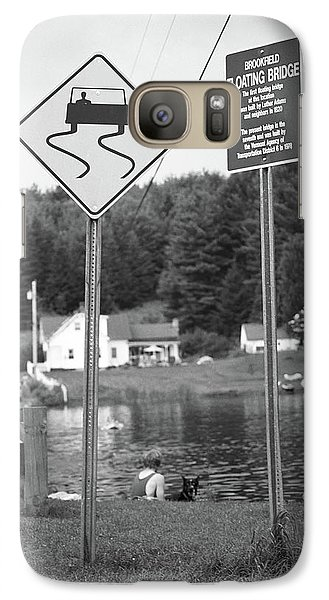 Galaxy Case featuring the photograph Brookfield, Vt - Floating Bridge 2 Bw by Frank Romeo