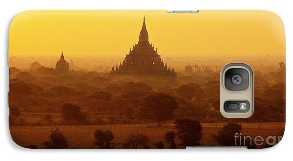 Galaxy Case featuring the photograph Burma_d2227 by Craig Lovell