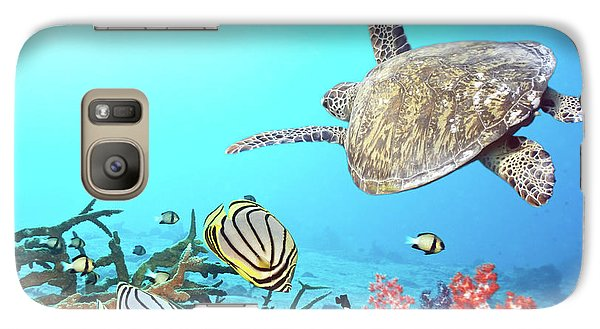 Butterflyfishes And Turtle Galaxy S7 Case by MotHaiBaPhoto Prints