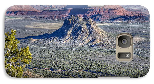 Galaxy Case featuring the photograph Castle Valley Overlook by Alan Toepfer