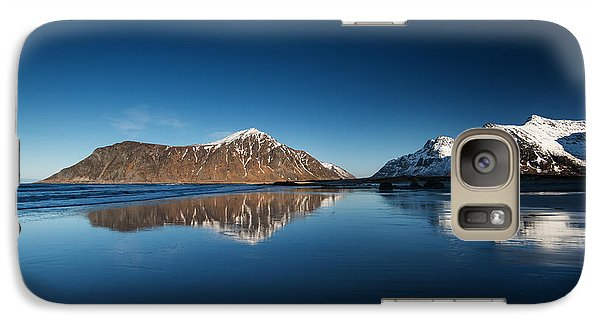 Galaxy Case featuring the photograph Catch The Next Line by Philippe Sainte-Laudy