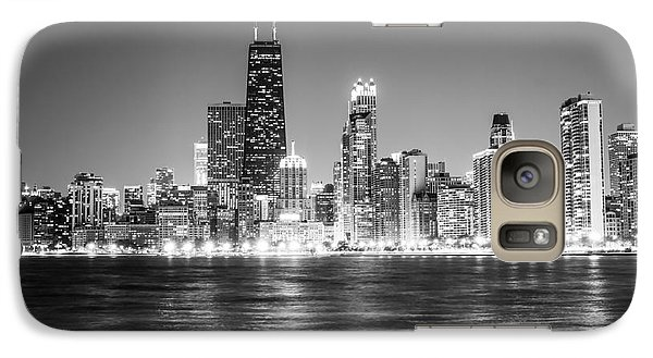 Chicago Lakefront Skyline Black And White Photo Galaxy S7 Case by Paul Velgos