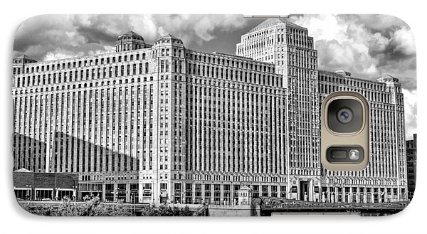 Galaxy Case featuring the photograph Chicago Merchandise Mart Black And White by Christopher Arndt