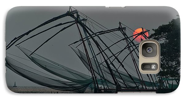 Galaxy Case featuring the photograph Chinese Fishing Nets, Cochin by Marion Galt