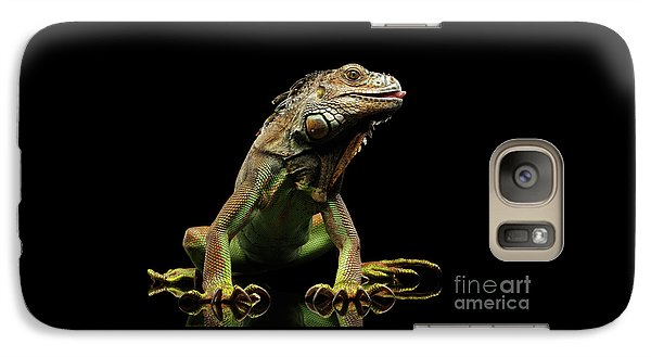 Closeup Green Iguana Isolated On Black Background Galaxy S7 Case by Sergey Taran