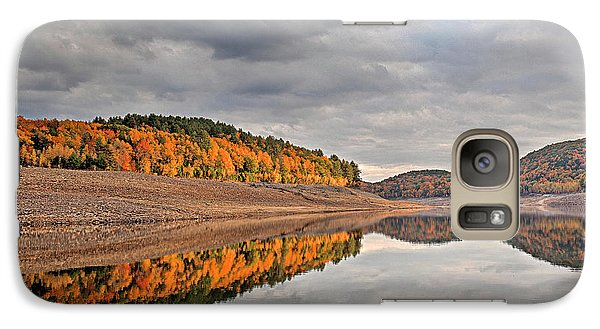 Galaxy Case featuring the photograph Colebrook Reservoir - In Drought by Tom Cameron