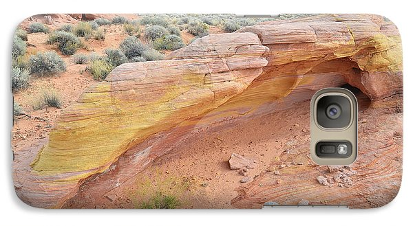 Galaxy Case featuring the photograph Colorful Arch In Valley Of Fire by Ray Mathis
