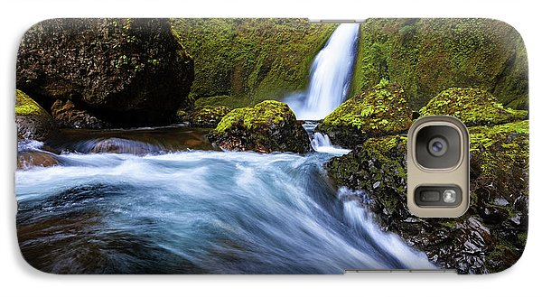 Galaxy Case featuring the photograph Columbia Cascade by Mike Lang
