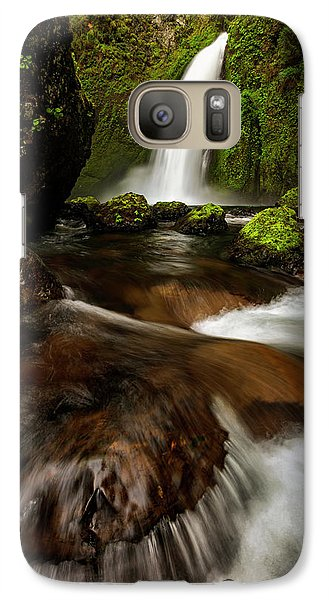 Galaxy Case featuring the photograph Columbia Cleft by Mike Lang