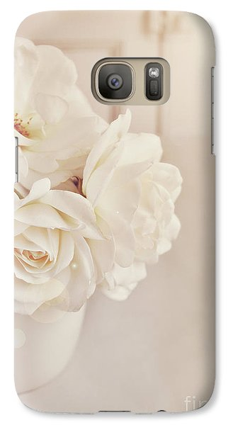 Galaxy Case featuring the photograph Cream Roses In Vase by Lyn Randle