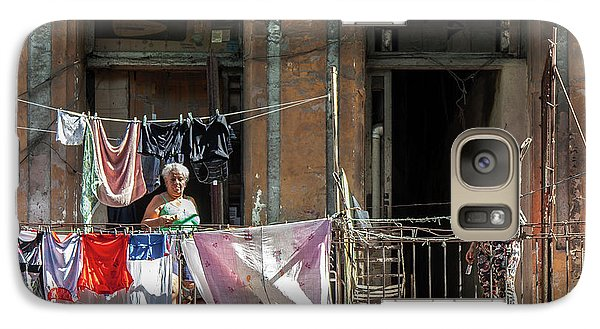 Galaxy Case featuring the photograph Cuban Women Hanging Laundry In Havana Cuba by Charles Harden