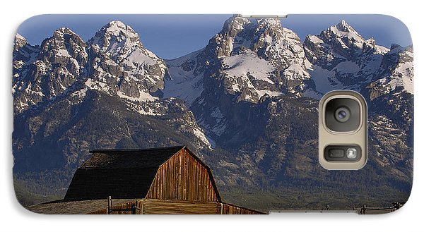 Mountain Galaxy S7 Case - Cunningham Cabin In Front Of Grand by Pete Oxford