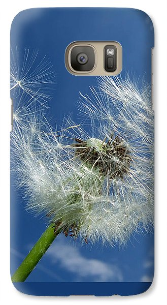 Dandelion And Blue Sky Galaxy S7 Case by Matthias Hauser