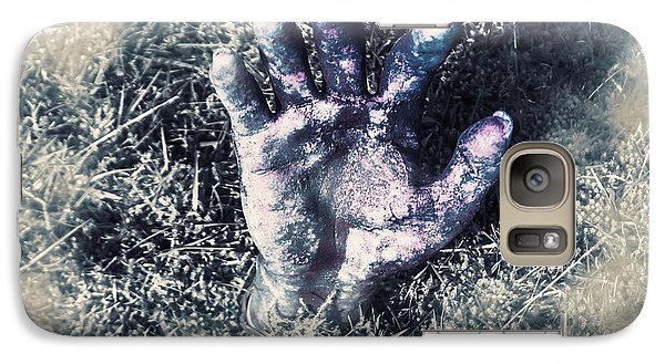 London Tube Galaxy S7 Case - Decaying Zombie Hand Emerging From Ground by Jorgo Photography - Wall Art Gallery