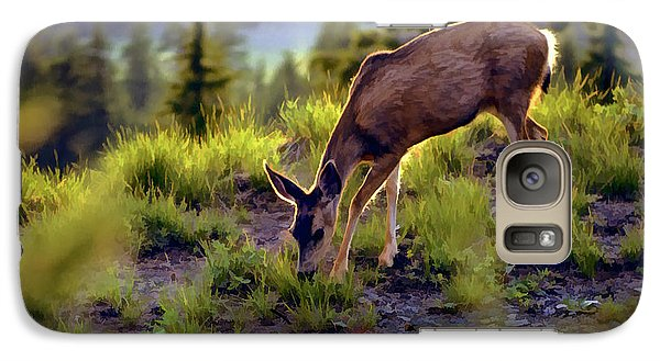 Galaxy Case featuring the photograph Deer At Crater Lake, Oregon by John A Rodriguez