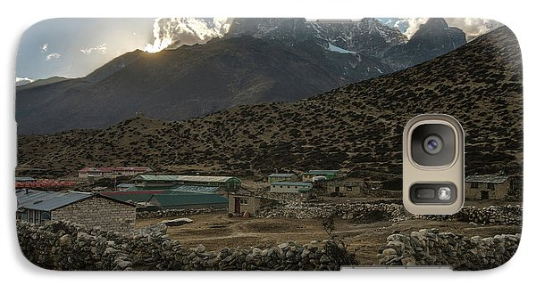 Galaxy Case featuring the photograph Dingboche Evening Sunrays by Mike Reid