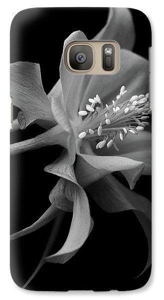 Galaxy Case featuring the photograph Dreamy Columbine by Robert Pilkington