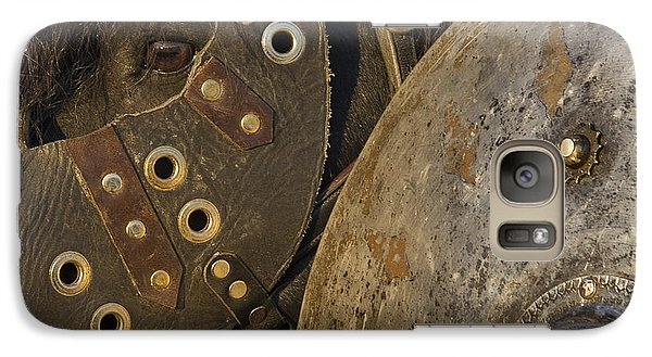 Galaxy Case featuring the photograph Dressed For Battle D6722 by Wes and Dotty Weber