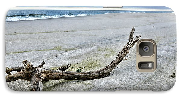 Galaxy Case featuring the photograph Driftwood On The Beach by Paul Ward