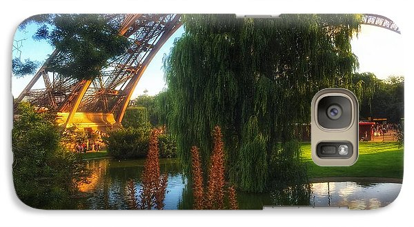 Galaxy Case featuring the photograph Eiffel by Marty Cobcroft