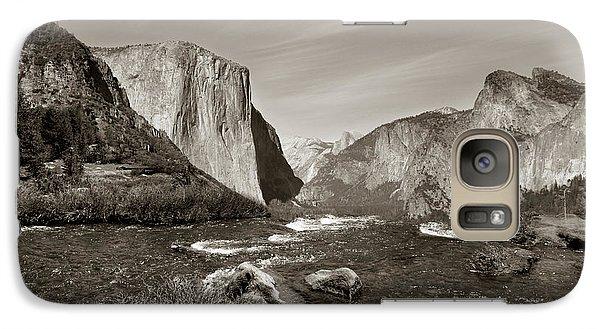 Galaxy Case featuring the photograph El Capitan by Joseph G Holland
