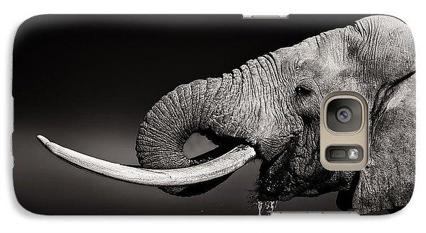Bull Galaxy S7 Case - Elephant Bull Drinking Water - Duetone by Johan Swanepoel