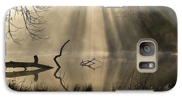 Galaxy Case featuring the photograph Ethereal - D009972 by Daniel Dempster