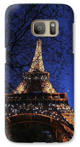 Galaxy Case featuring the photograph Evening At The Eiffel Tower by Heidi Hermes