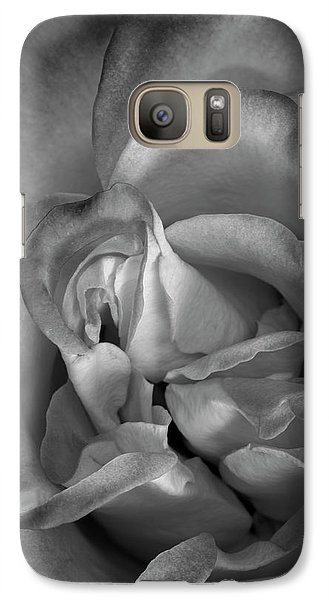 Galaxy Case featuring the photograph Fading Beauty by Mike Lang