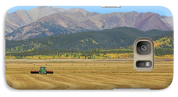 Farming In The Highlands Galaxy S7 Case by David Chandler