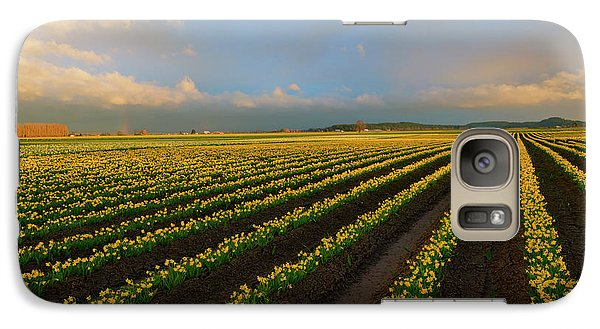 Galaxy Case featuring the photograph Fields Of Yellow by Mike Dawson