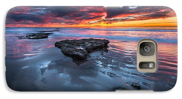 Galaxy Case featuring the photograph Fiery Tabletop by Alexander Kunz