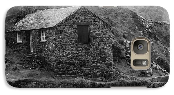 Galaxy Case featuring the photograph Fishermans Net Shed by Brian Roscorla