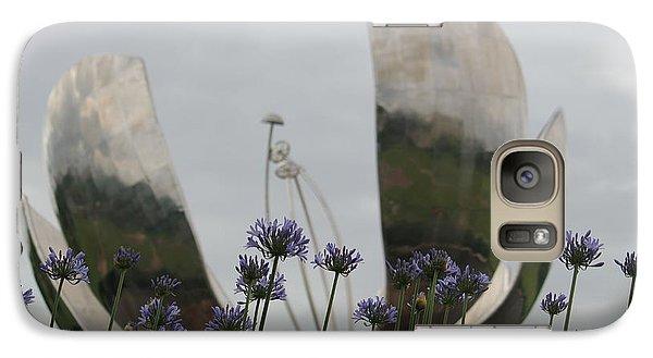 Galaxy Case featuring the photograph Floralis Generalis by Wilko Van de Kamp