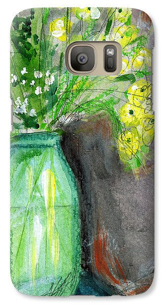 Daisy Galaxy S7 Case - Flowers In A Green Jar- Art By Linda Woods by Linda Woods