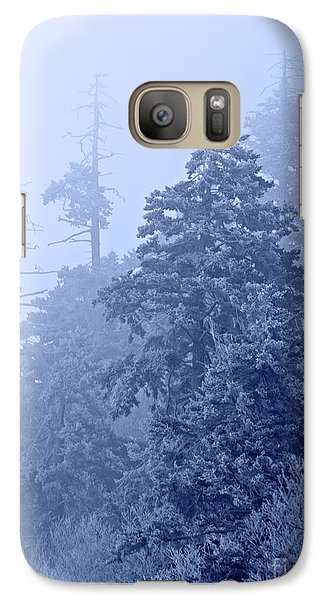 Galaxy Case featuring the photograph Fog On The Mountain by John Stephens