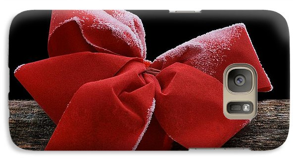 Galaxy Case featuring the photograph Frosted Bow by Nikolyn McDonald