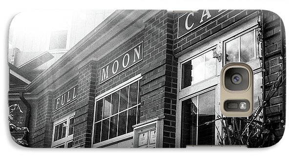 Galaxy Case featuring the photograph Full Moon Cafe by David Sutton