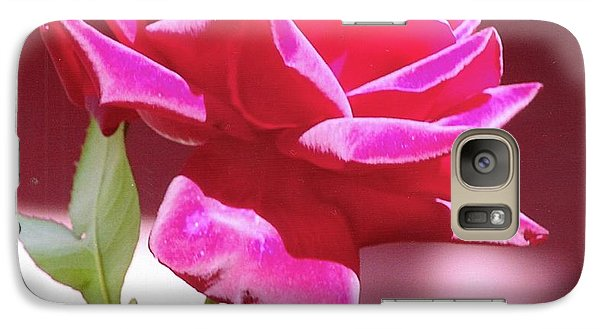 Galaxy S7 Case featuring the photograph Fuschia Rose by Rod Ismay