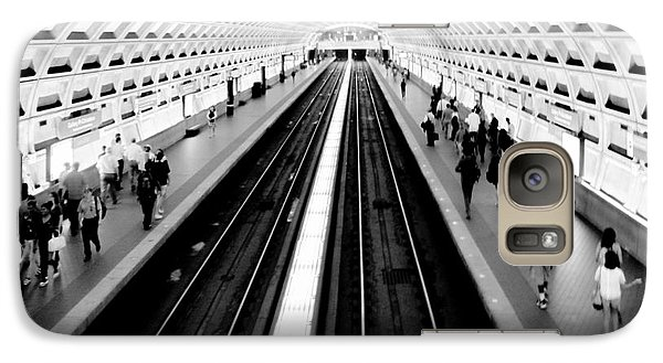 Train Galaxy S7 Case - Gallery Place Metro by Thomas Marchessault