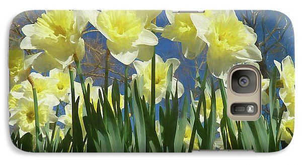 Galaxy Case featuring the photograph Garden Of Daffodils by Donna Kennedy