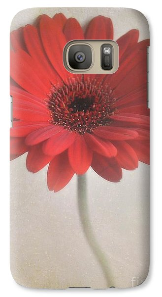 Galaxy Case featuring the photograph Gerbera Daisy by Lyn Randle