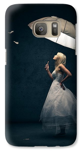 Magician Galaxy S7 Case - Girl With Umbrella And Falling Feathers by Johan Swanepoel